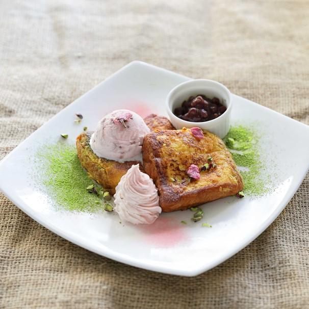 Sakura's Rich French Toast